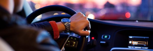 Économisez jusqu'à 477€ sur votre assurance voiture