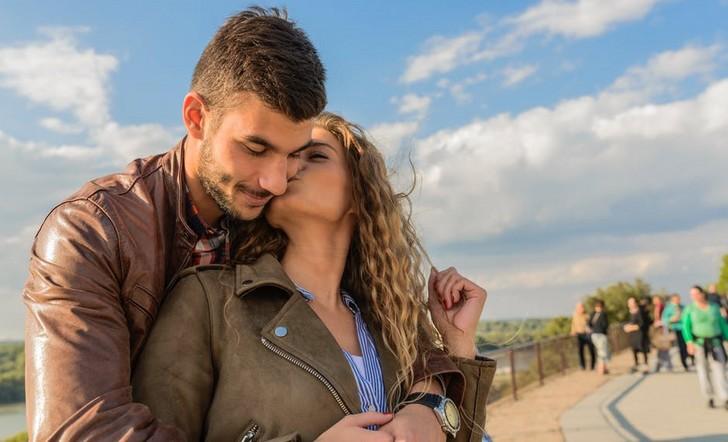 Travel couple 2